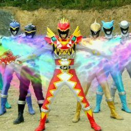 Могучие рейнджеры: Дино Супер Заряд