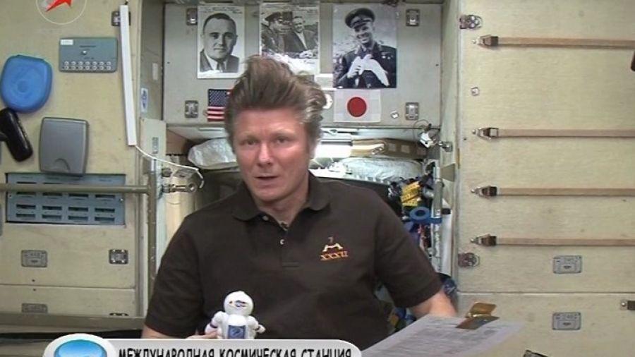 Почему на должность командира корабля и командира МКС часто назначают разных людей?