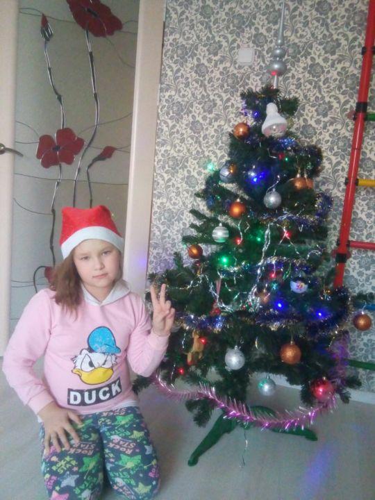 Лиза Николаевна Лукиных